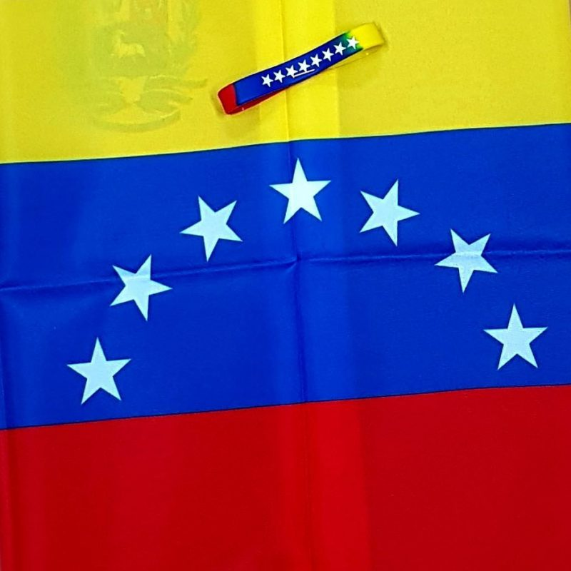 Bandera Venenzuela 7 Estrellas Mandalo Spain e1548969075516